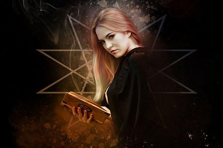 noxmagica - wicca - intentiedenken - chaosmagie - viking - santeria - voodoo - new age - toekomstvoorspellen - spreuken - spells - magie - waarzeggerij - magick - hekserij - witchery -witch - heks