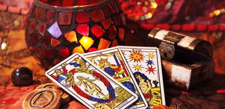 Tarot, tarotkaarten, toekomstvoorspelling, toekomst, voorspelling, voorspellen, divinatie